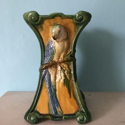 parrot vase2