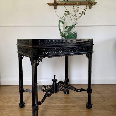 A Table main 5