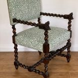 maze chairs 8